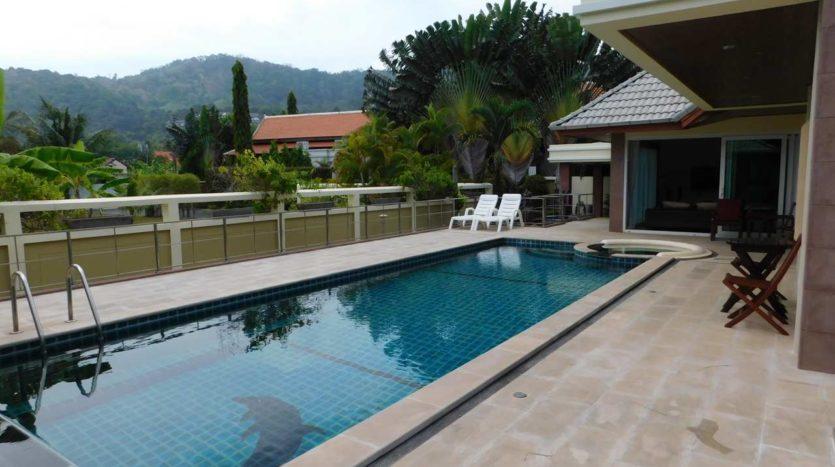 Et Hus Real Estate Villa NaiHarn Beach For Sale Rent (10)