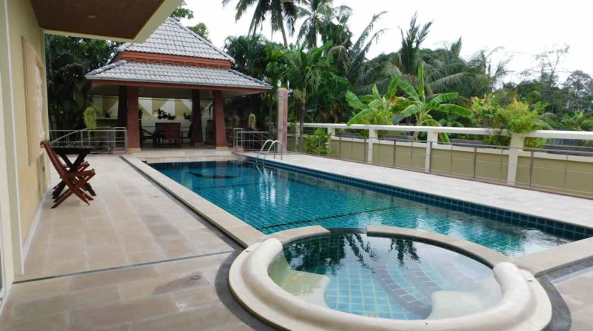 Et Hus Real Estate Villa NaiHarn Beach For Sale Rent (11)