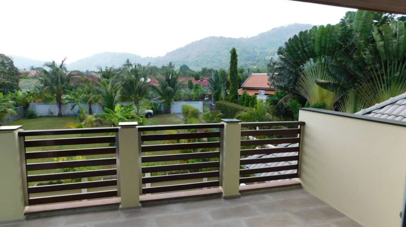 Et Hus Real Estate Villa NaiHarn Beach For Sale Rent (24)