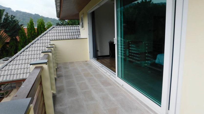 Et Hus Real Estate Villa NaiHarn Beach For Sale Rent (32)
