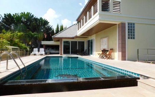 Et Hus Real Estate Villa NaiHarn Beach For Sale Rent (4u)