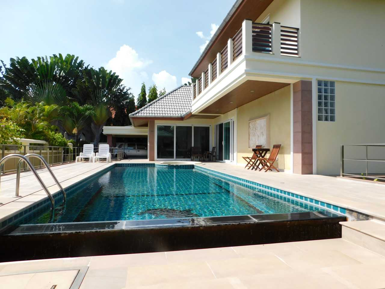 Et Hus Real Estate Villa Naiharn Beach For 4u