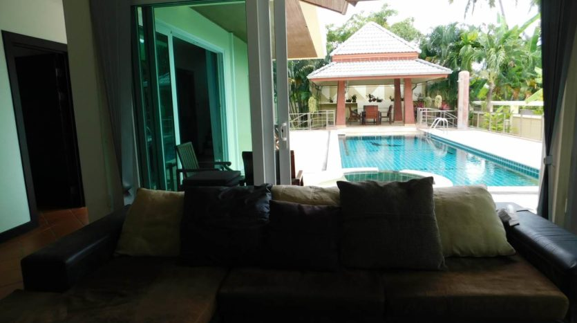Et Hus Real Estate Villa NaiHarn Beach For Sale Rent (60)