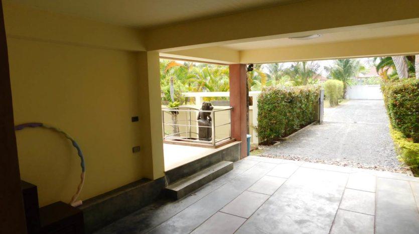 Et Hus Real Estate Villa NaiHarn Beach For Sale Rent (64)