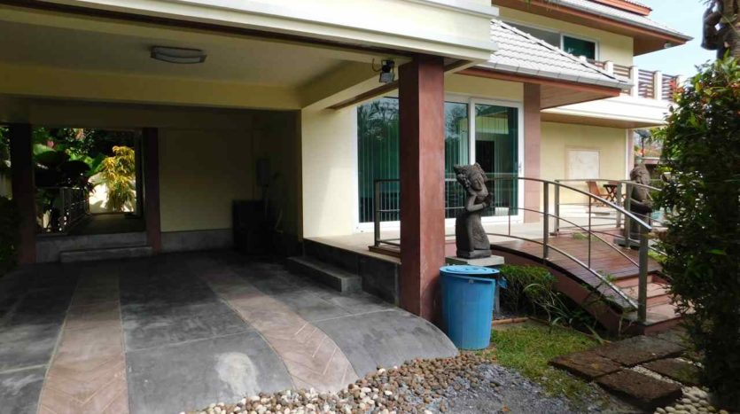 Et Hus Real Estate Villa NaiHarn Beach For Sale Rent (66)