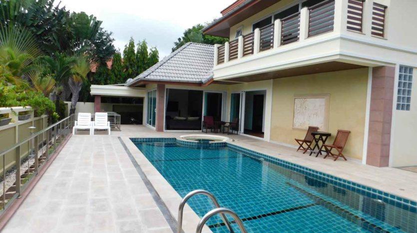 Et Hus Real Estate Villa NaiHarn Beach For Sale Rent (8)