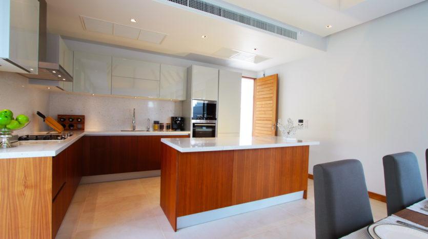 Et Hus Real Estate Condo Layan Beach For Sale Rent (5)