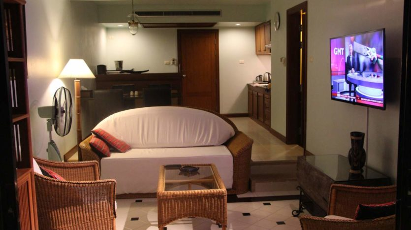 Et Hus Real Estate Condo Patong Beach For Sale Rent (12)