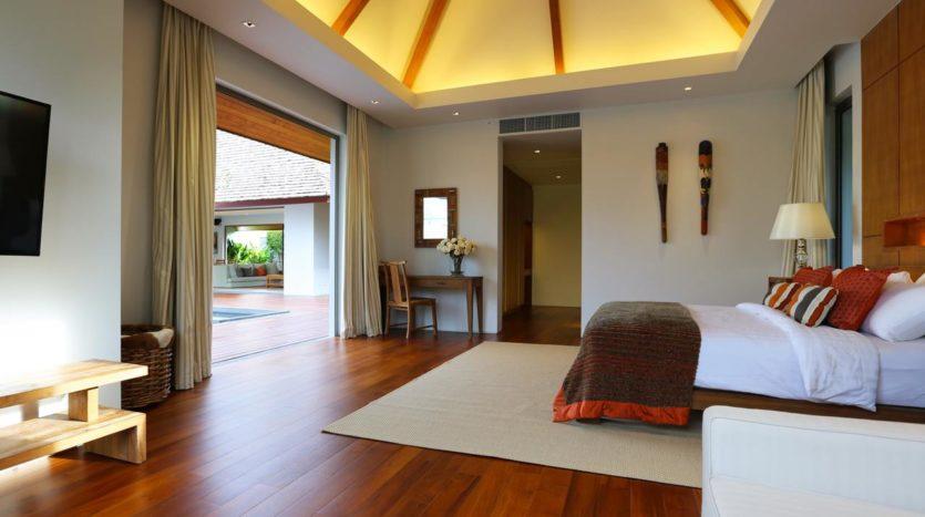 Et Hus Real Estate Villa Layan Beach For Sale (6)