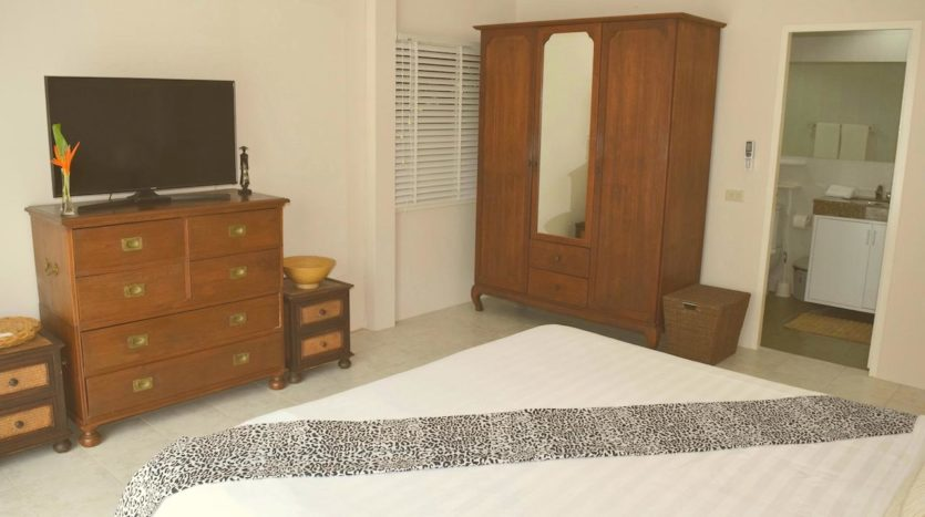Beautiful Pool Villa In Rawai For Sale (11)bedroom