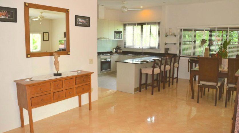 Beautiful Pool Villa In Rawai For Sale (13)dining Area