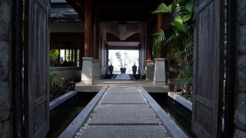Surin Beach Luxury Seaview Villa (26)