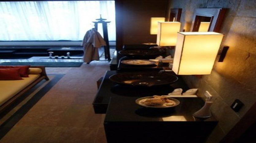 Surin Beach Luxury Seaview Villa (5)