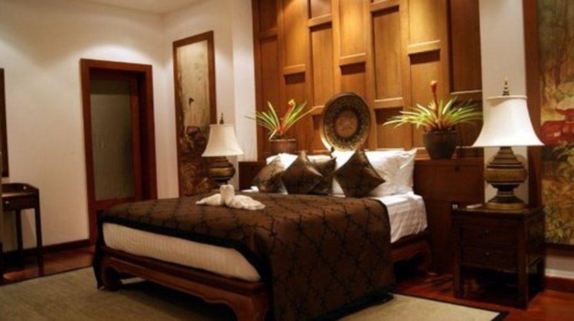 Surin Beach Luxury Seaview Villa (7)