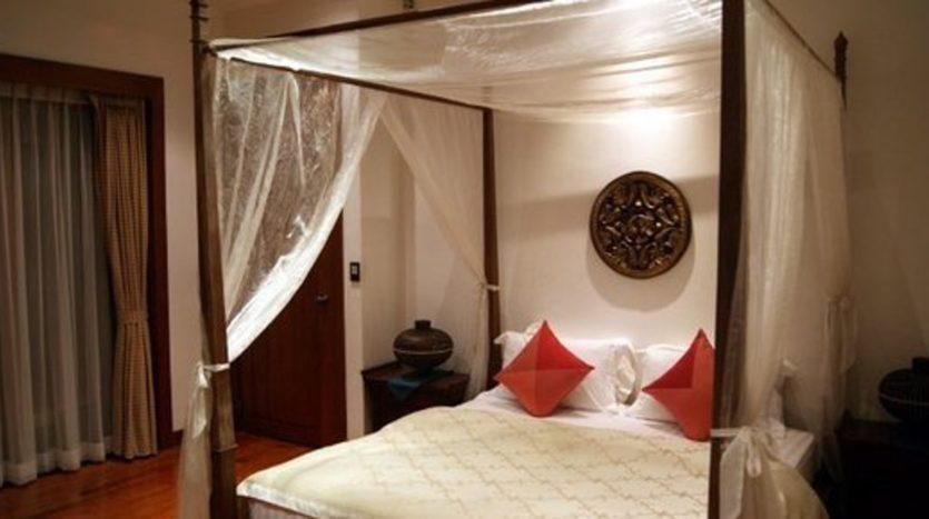 Surin Beach Luxury Seaview Villa (9)