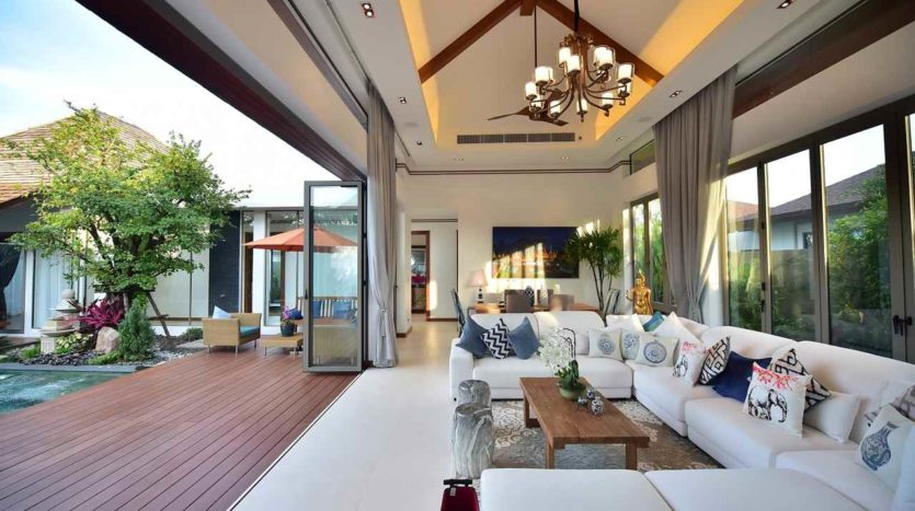 Luxury Villa For Sale Cherng Talay Bvilla3