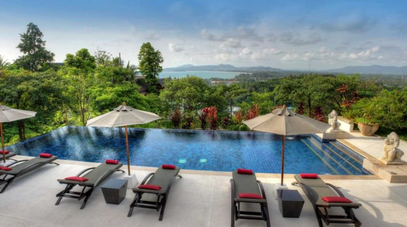 Pool Surin Beach Luxury Seaview Villa - Buying property in Phuket