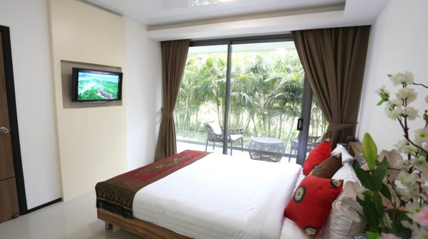 Naiharn Beach Condominium Bedroom For Sale Phuket (3)