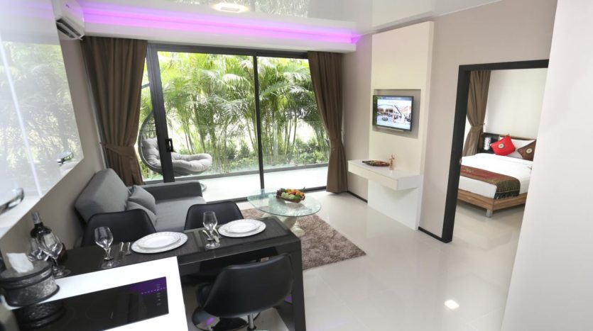 Naiharn Beach Condominium Living For Sale Phuket (1)