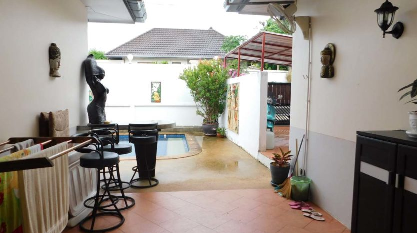 Rawai Pool House For Sale Rent Phuket (16)